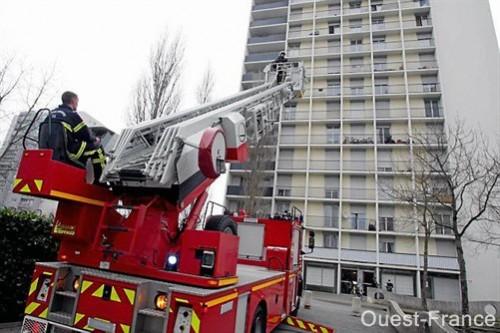 Echelle pompiers 2.jpg
