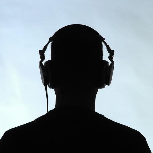 Ecouter de la music 4.jpg