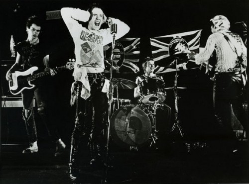 WB_77-Sex_Pistols_promo_(video)_(crop).jpg