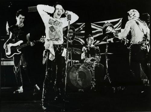 WB_77-Sex_Pistols_promo_(video)_(crop).jpg